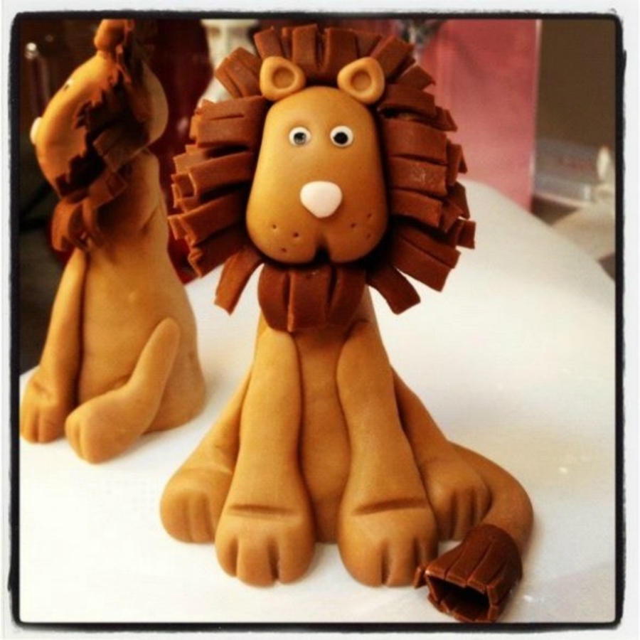 Fondant Lion Cake Topper on Cake Central