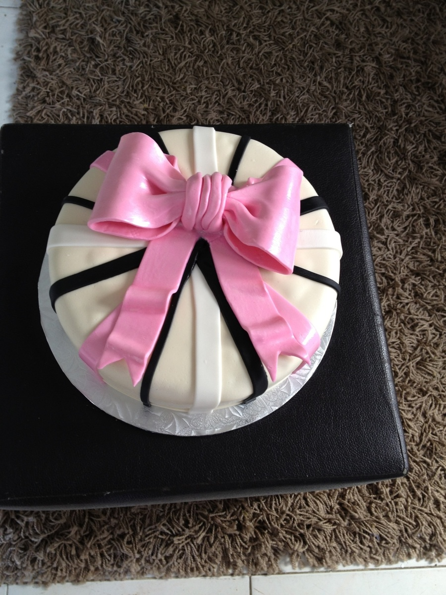 Birthday, Woman's Cake, Ribbon Cake, Gift Cake  on Cake Central
