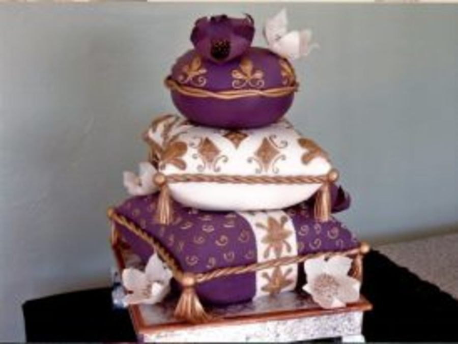 This Cake Was An Inspiration From Rick Of Cakelava Stacks Of Pillows With Edible Flowers on Cake Central