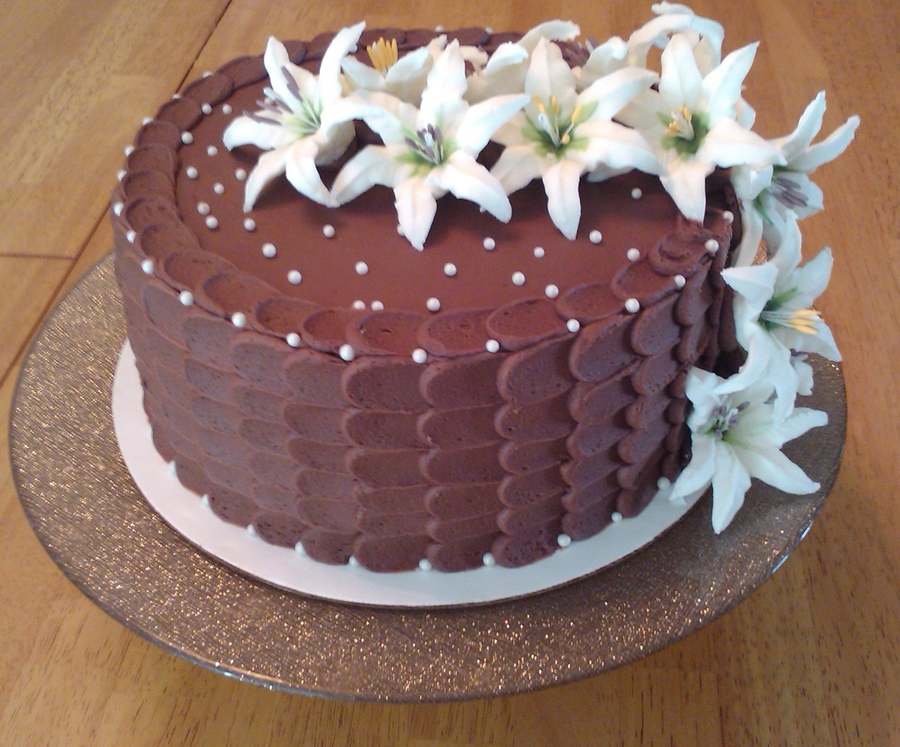 White Lily Cake on Cake Central