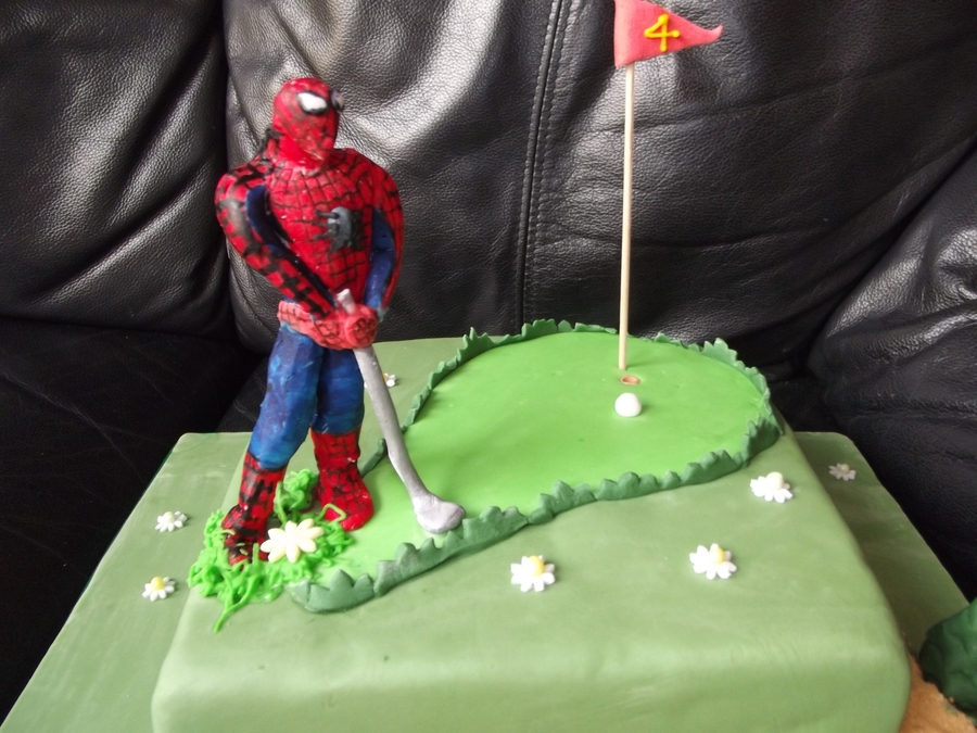 Spiderman Playing Golf on Cake Central