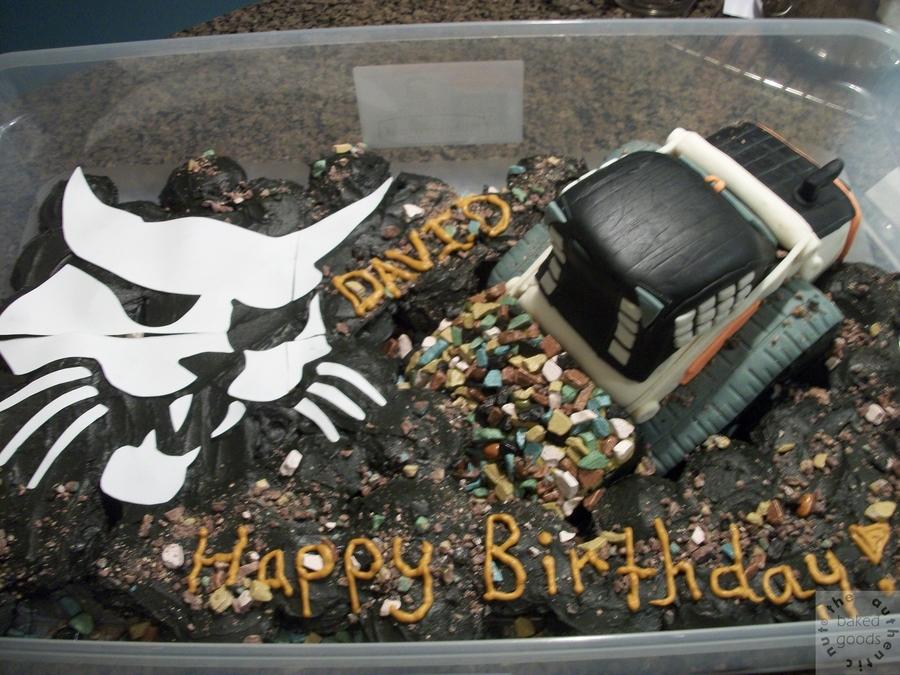 Bobcat Cake CakeCentralcom