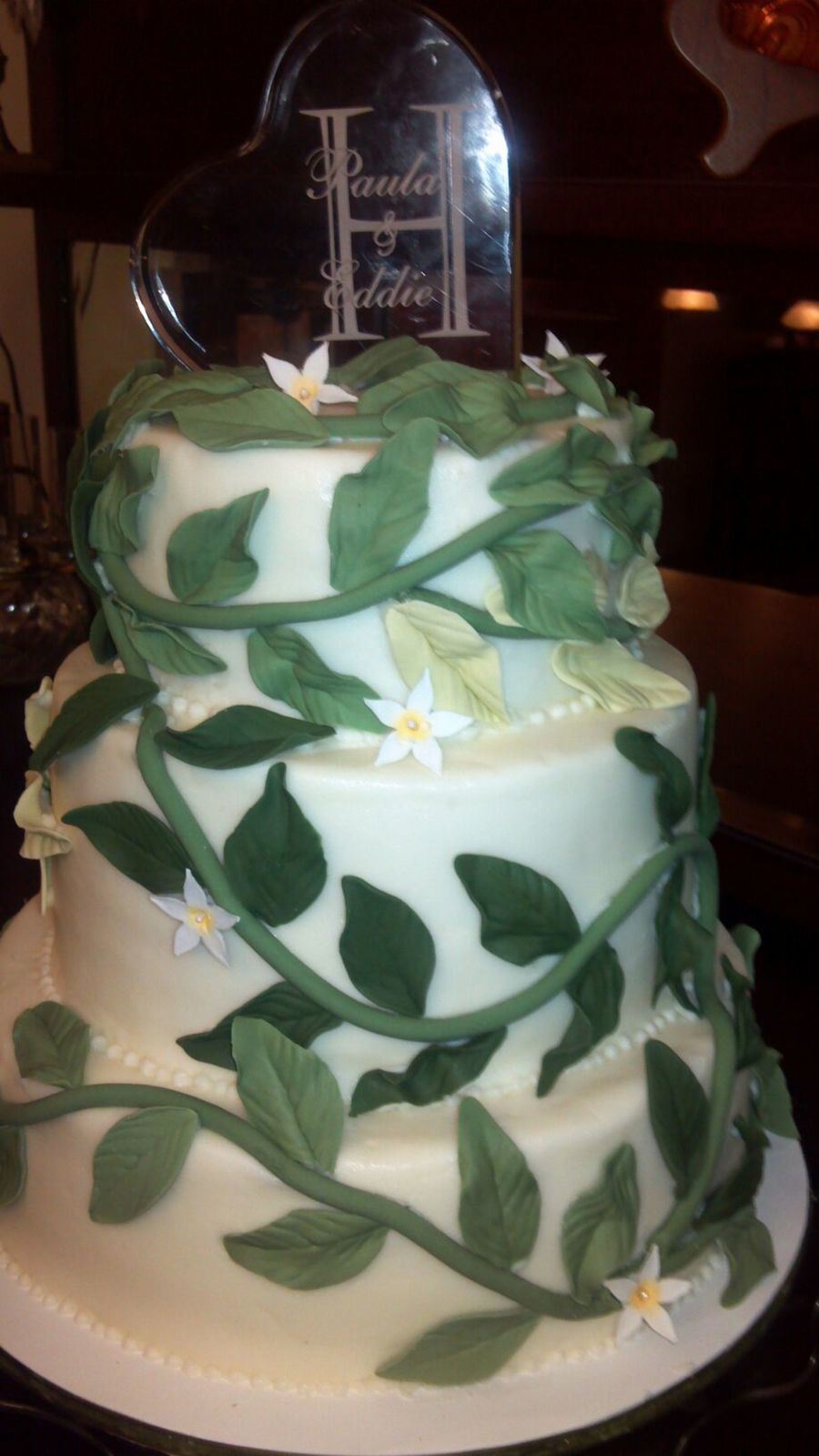Wedding Cake With Vines Cakecentral Com