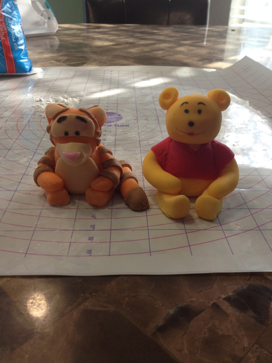 Winnie The Pooh Bear & Tiger Figurines on Cake Central