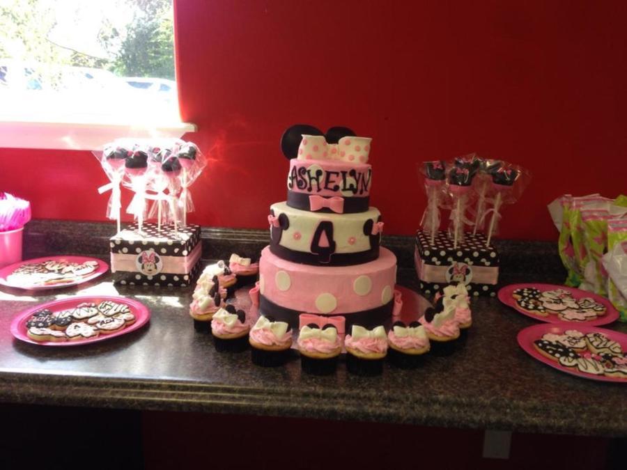 Minnie Mouse Cake Pops Recipe