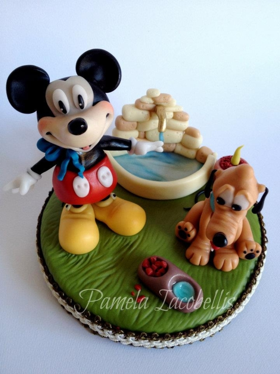 Topper Mickey Mouse on Cake Central