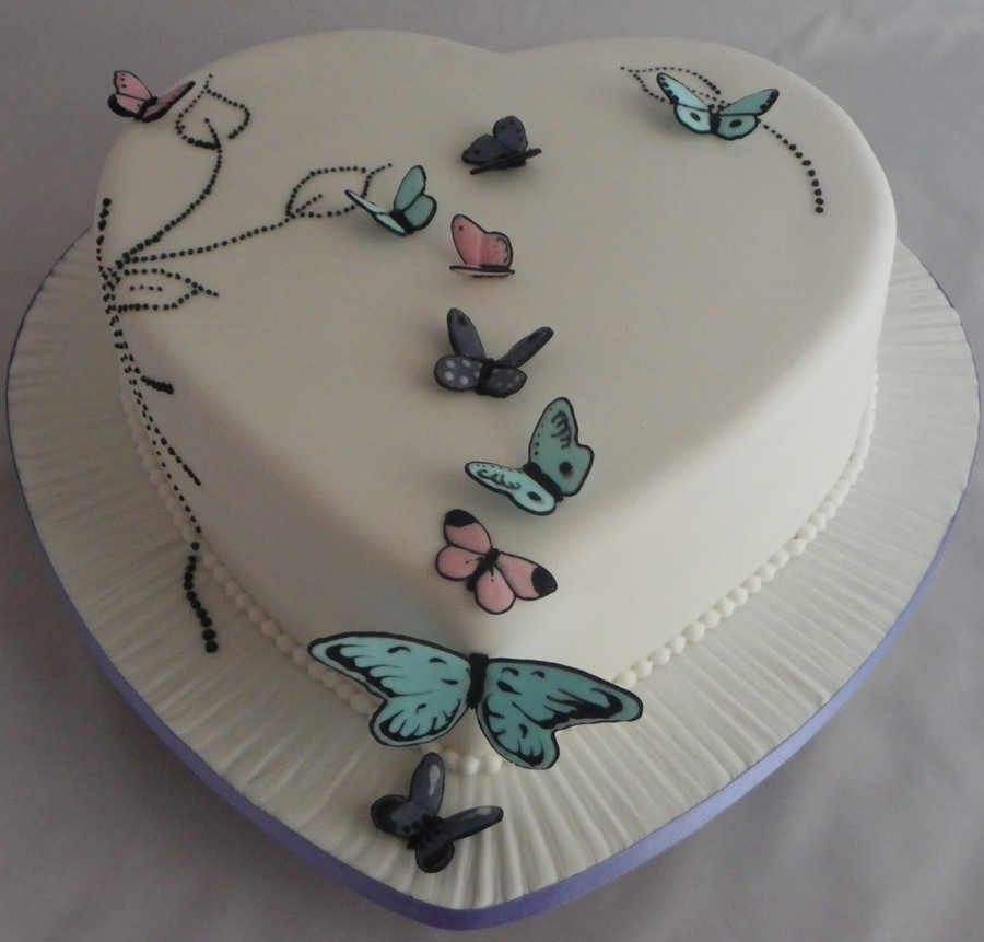 Hearty Butterflies on Cake Central