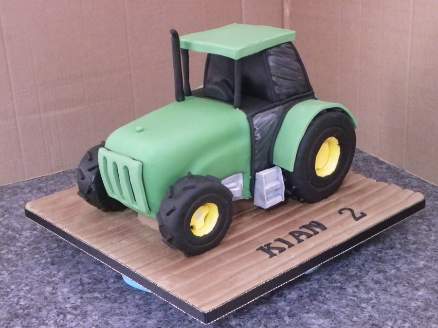 Big Green Tractor on Cake Central