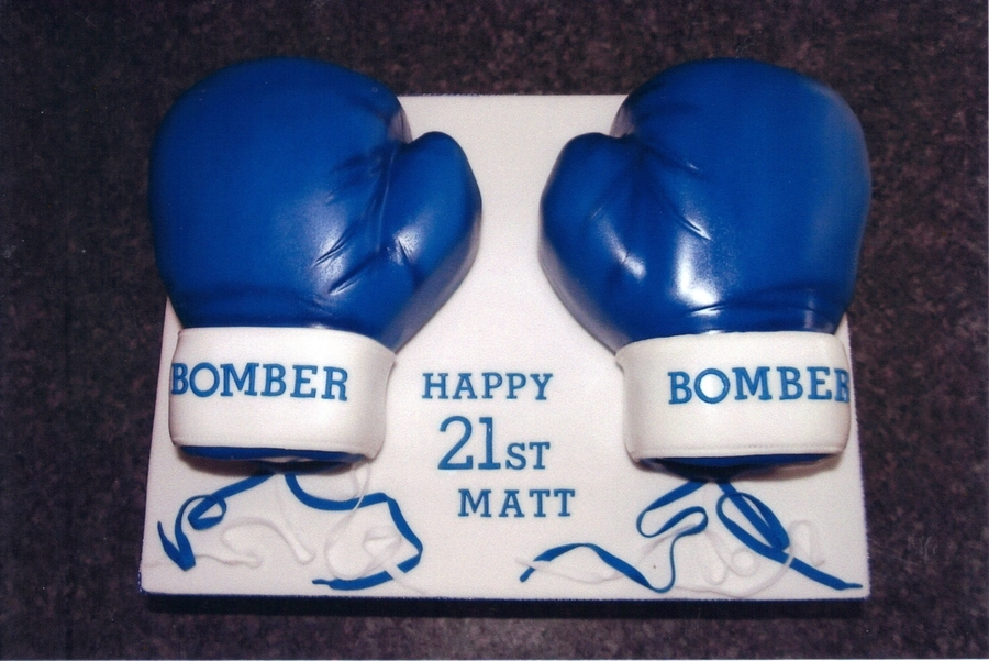 Boxing Gloves on Cake Central