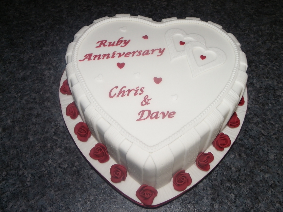 Ruby Anniversary Cake on Cake Central