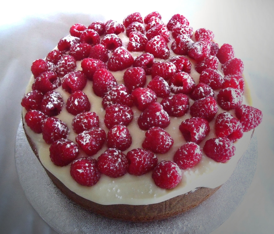 Lemon Drizzle With Fresh Raspberries on Cake Central