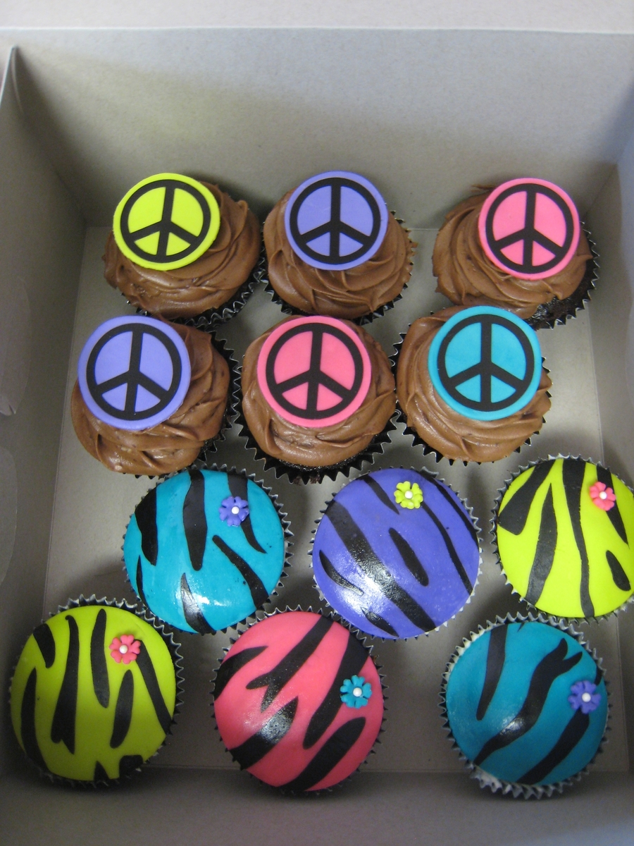 Zebra And Peace Sign  on Cake Central