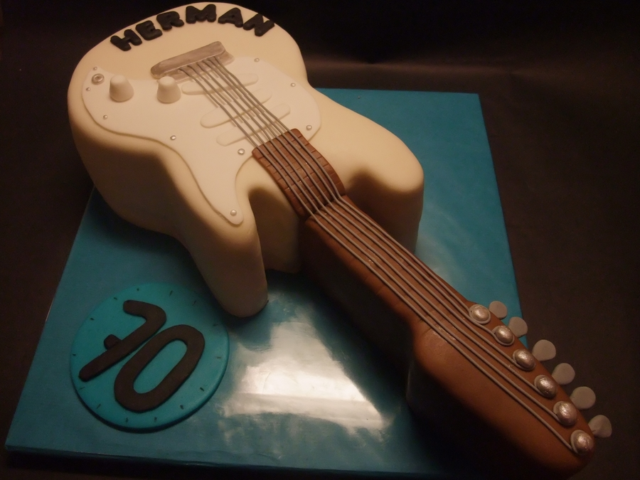 Electric Guitar on Cake Central