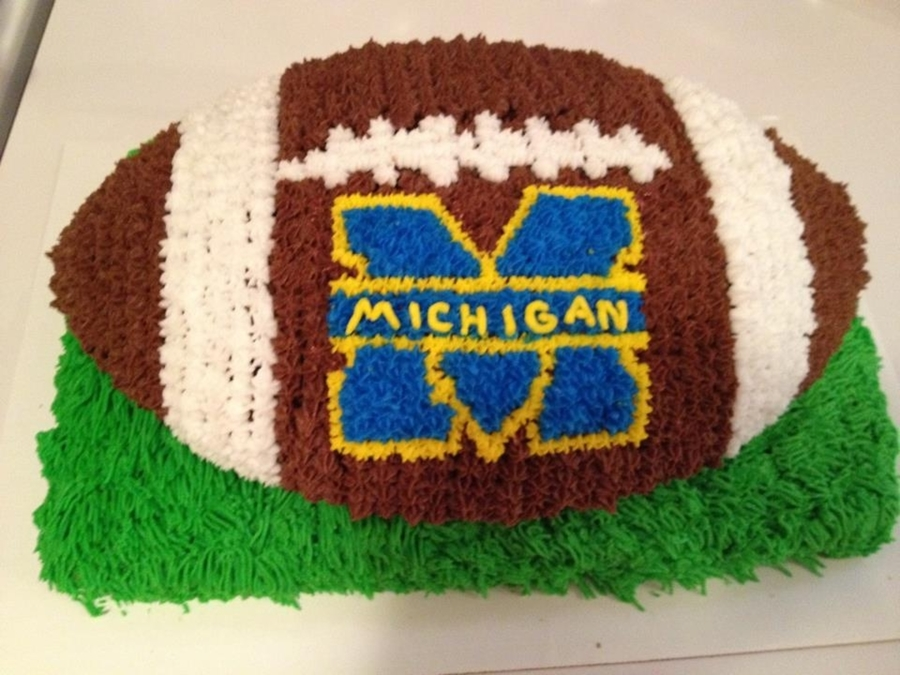 The Maize And Blue on Cake Central
