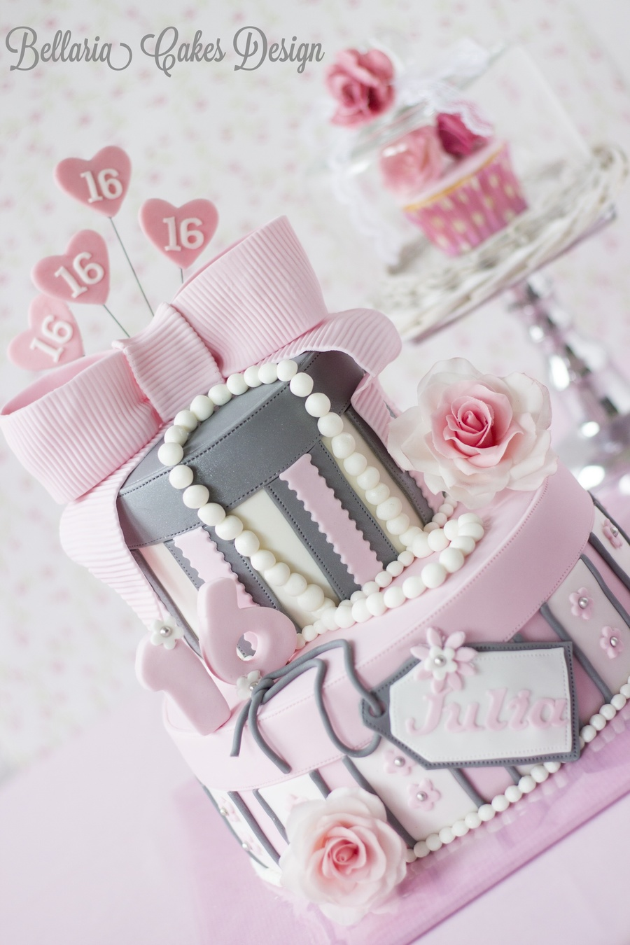 Pink Sweet Sixteen Birthday Cake Cakecentral Com