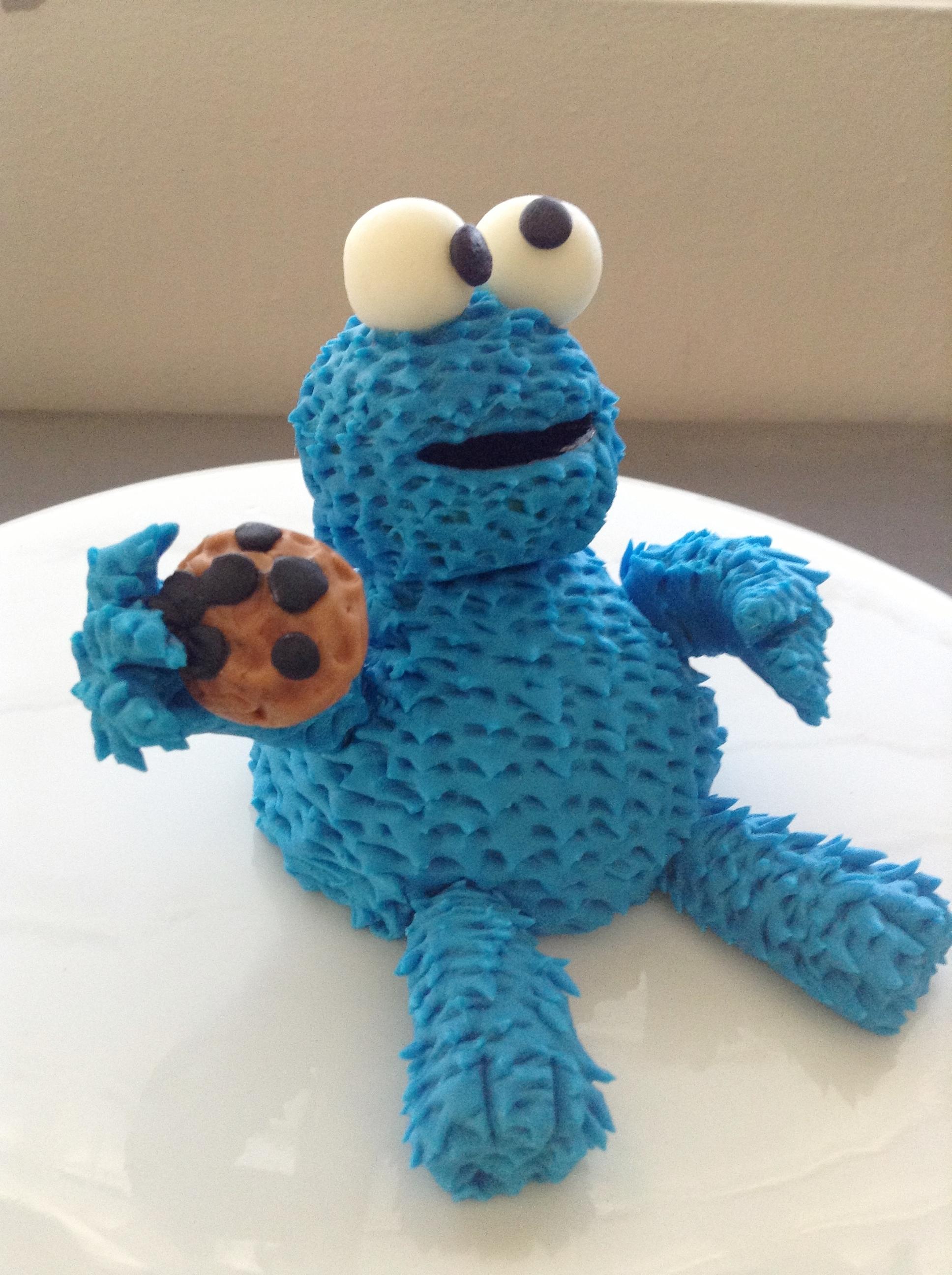 Cookie Monster Cake Topper Tutorial