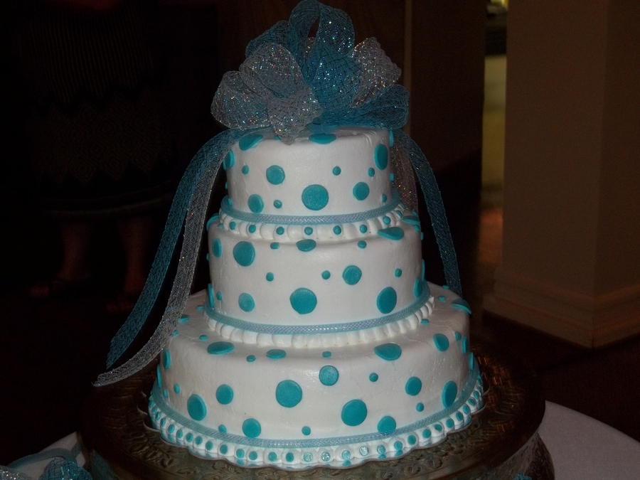 Blue Dots  on Cake Central