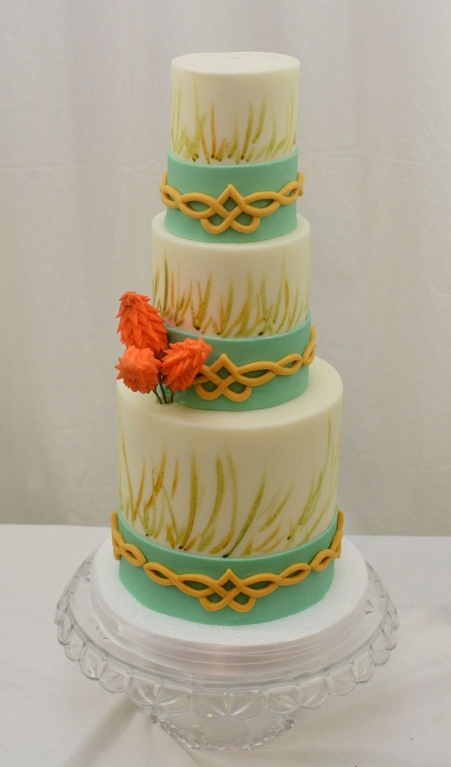sugar flowers for wedding cakes ireland this cake was inspired by my recent trip to ireland so 20574