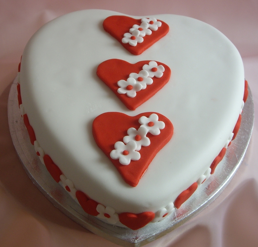 A Cake Full Of Hearts on Cake Central