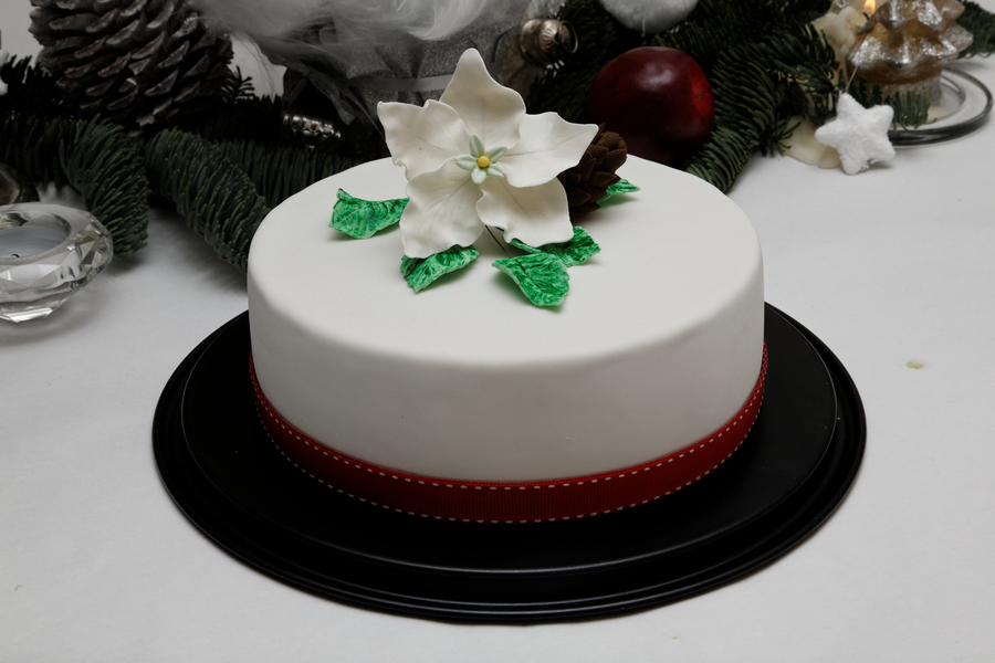 Christmas Rose Cake on Cake Central