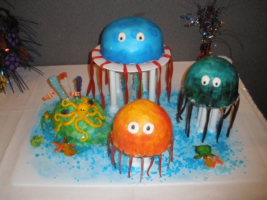 Octopus Accent Piece On Jellyfish Cake on Cake Central