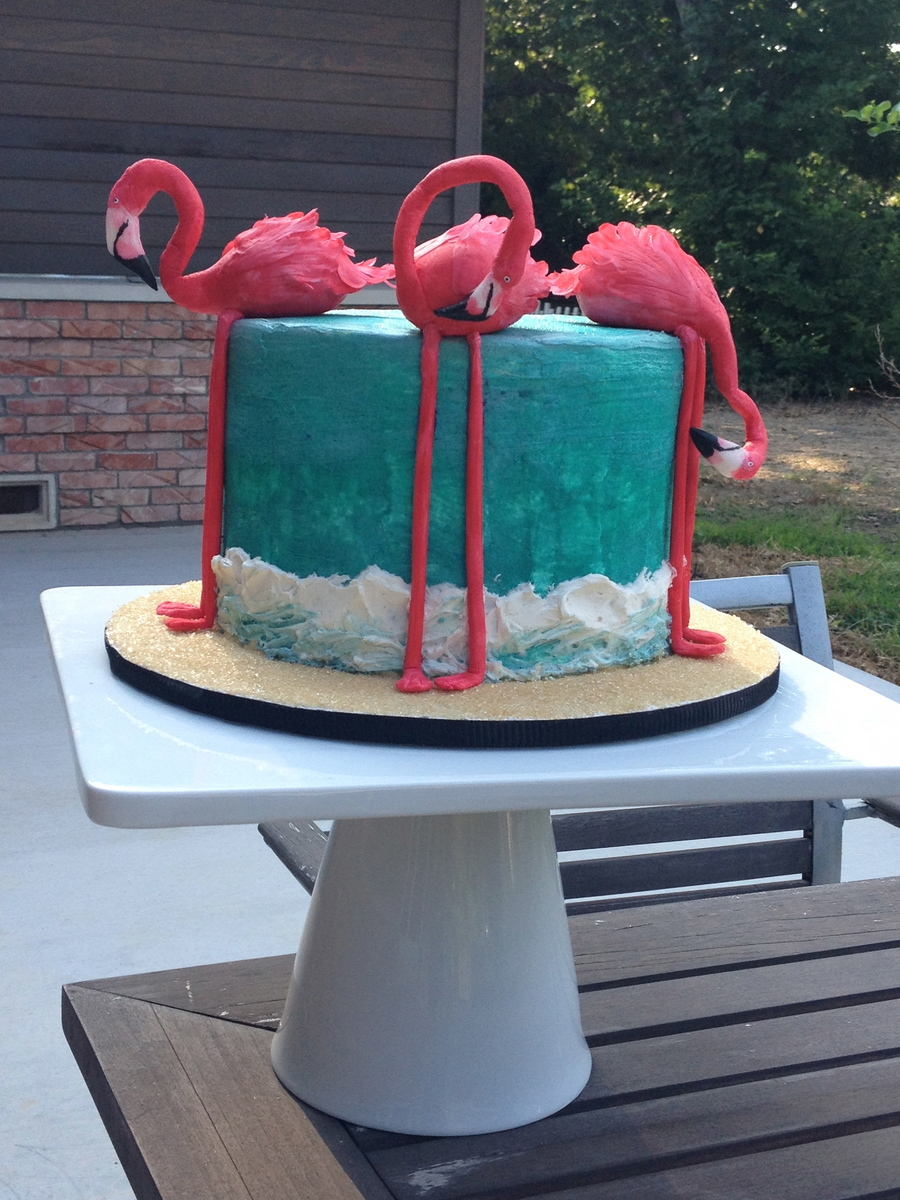 Flamingo Cake The Flamingos Are Made Out Of Gumpaste The