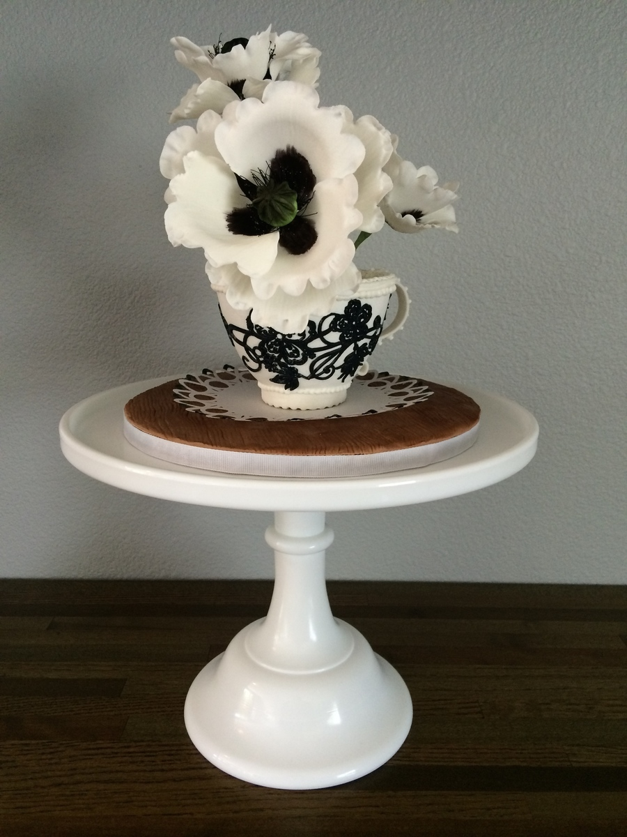 Poppies In A Teacup on Cake Central