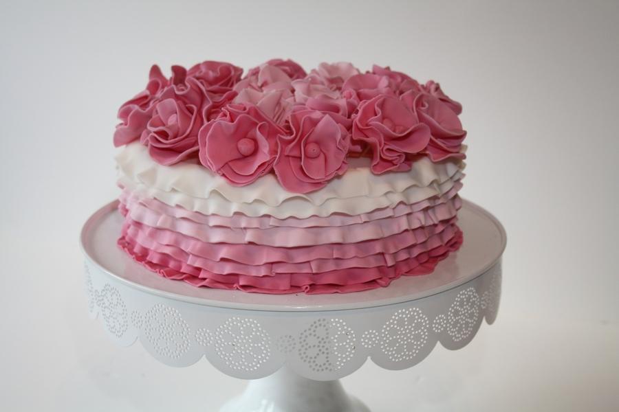 Pink Ombre on Cake Central