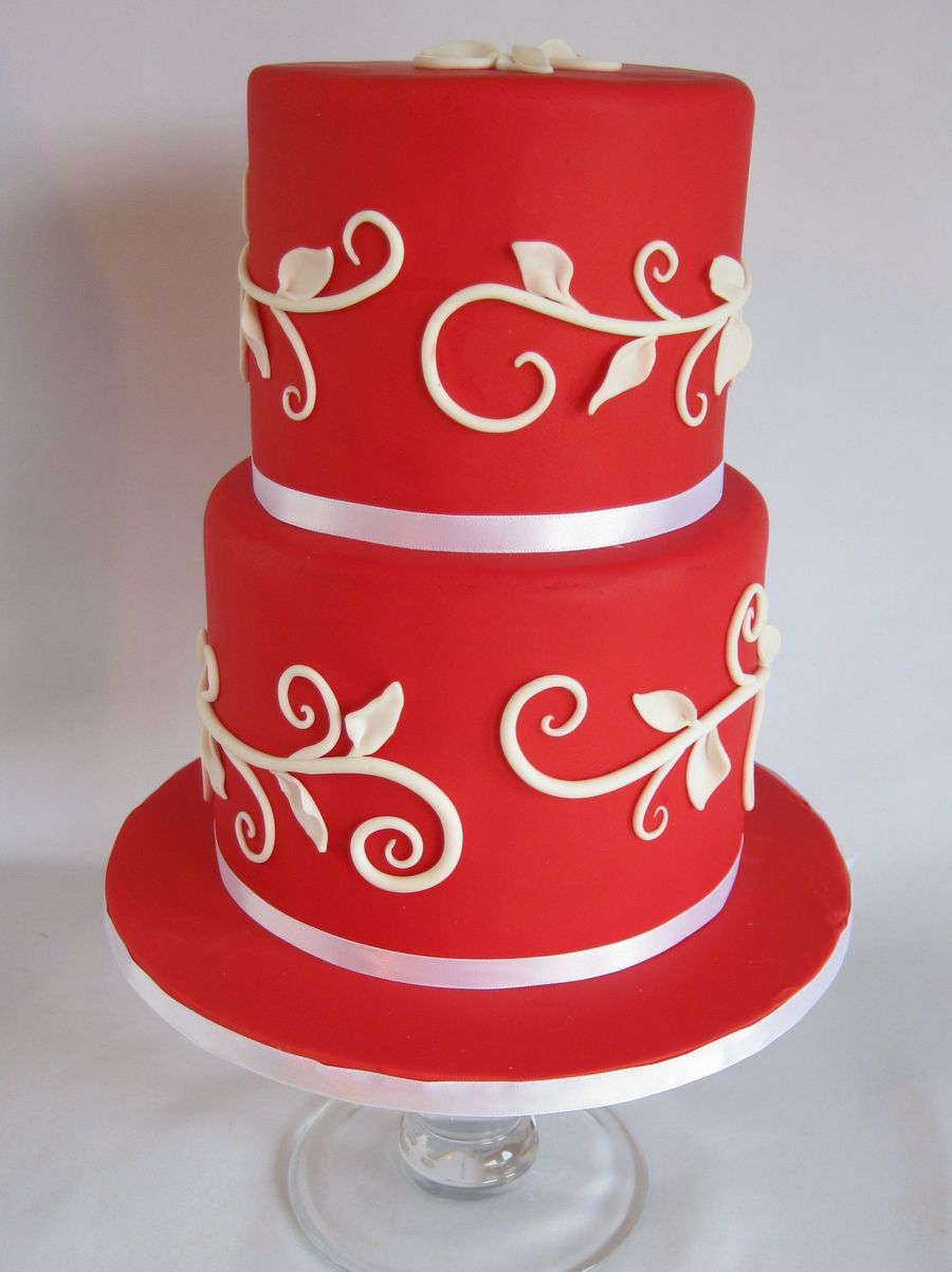 Red Vine Cake on Cake Central