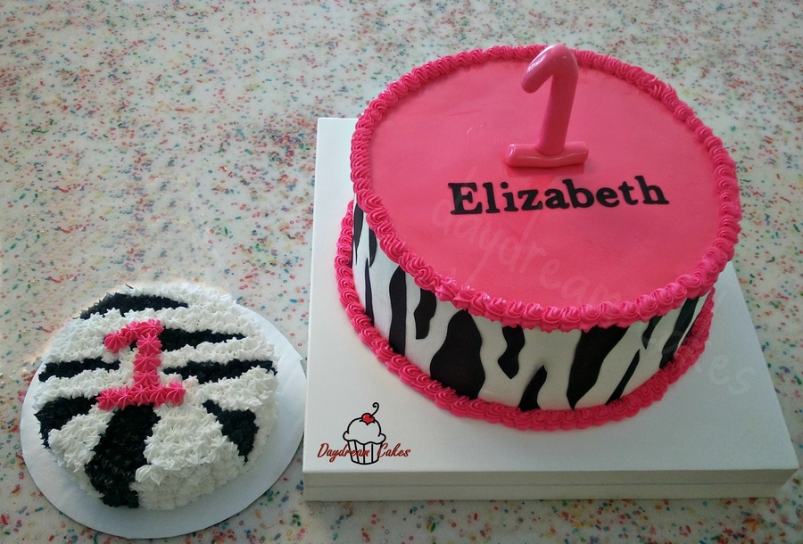 Elizabeth Is One on Cake Central