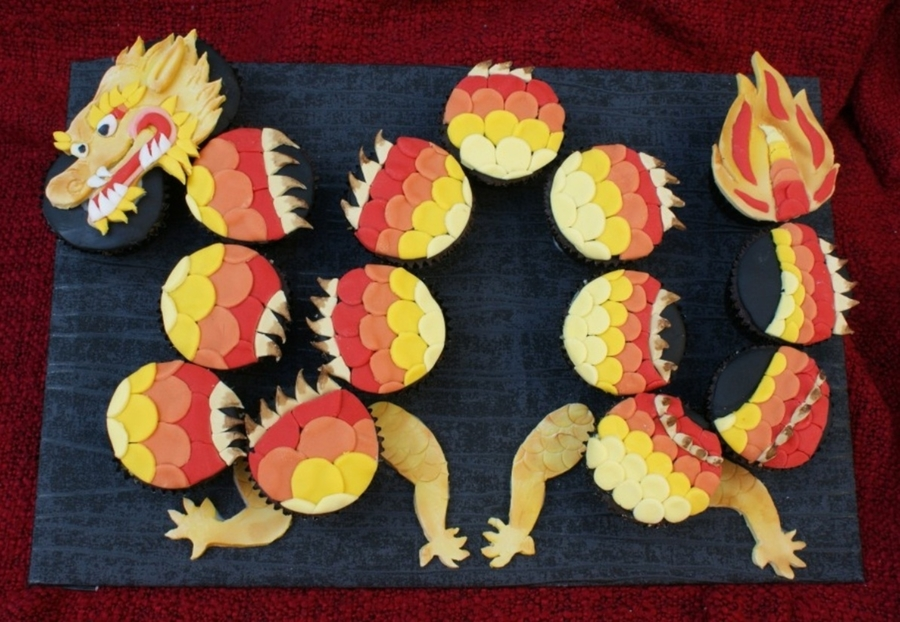 Dragon Cupcakes on Cake Central