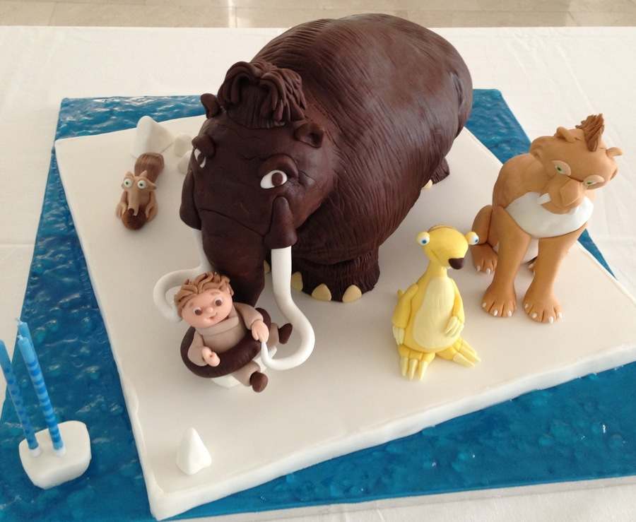 ice age cake the actual cake is the mammoth the other