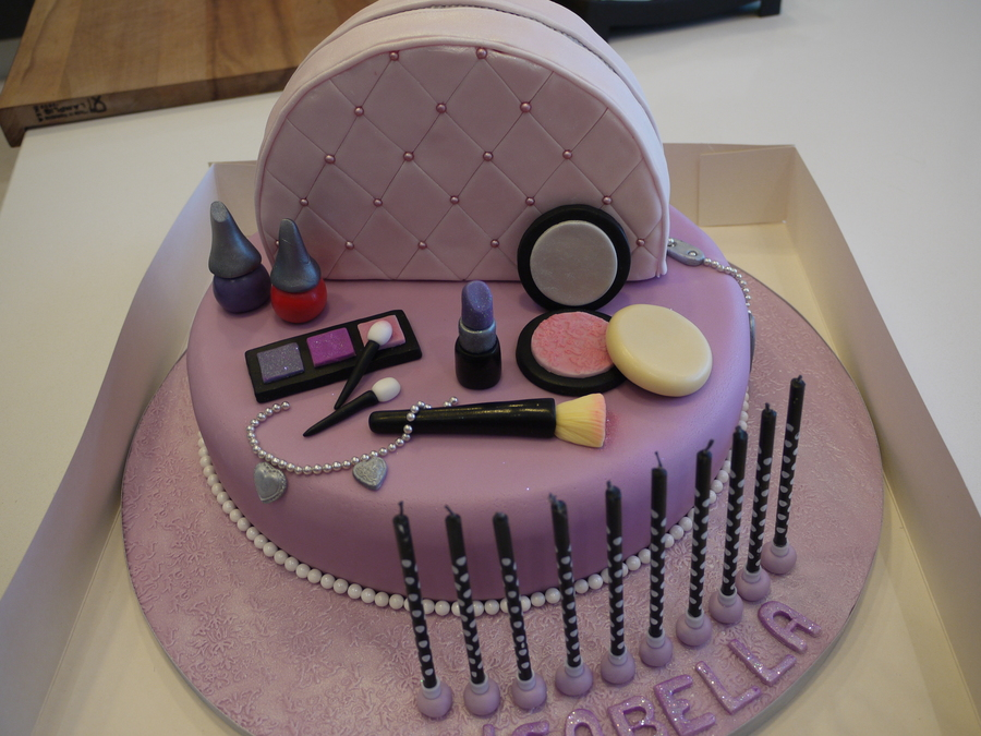 Birthday Cakes For Girls  Years Old