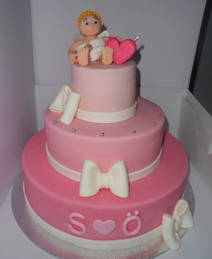 Cupido Love Cake on Cake Central