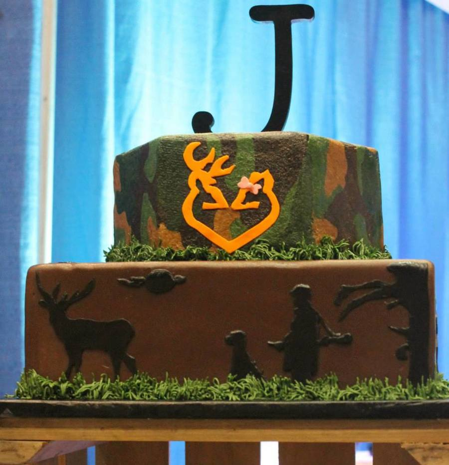Camo Groom's Cake on Cake Central