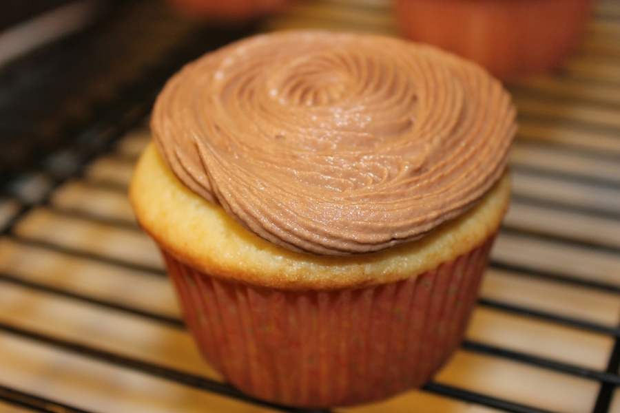 Vanilla Cupcake With Chocolate Buttercream on Cake Central