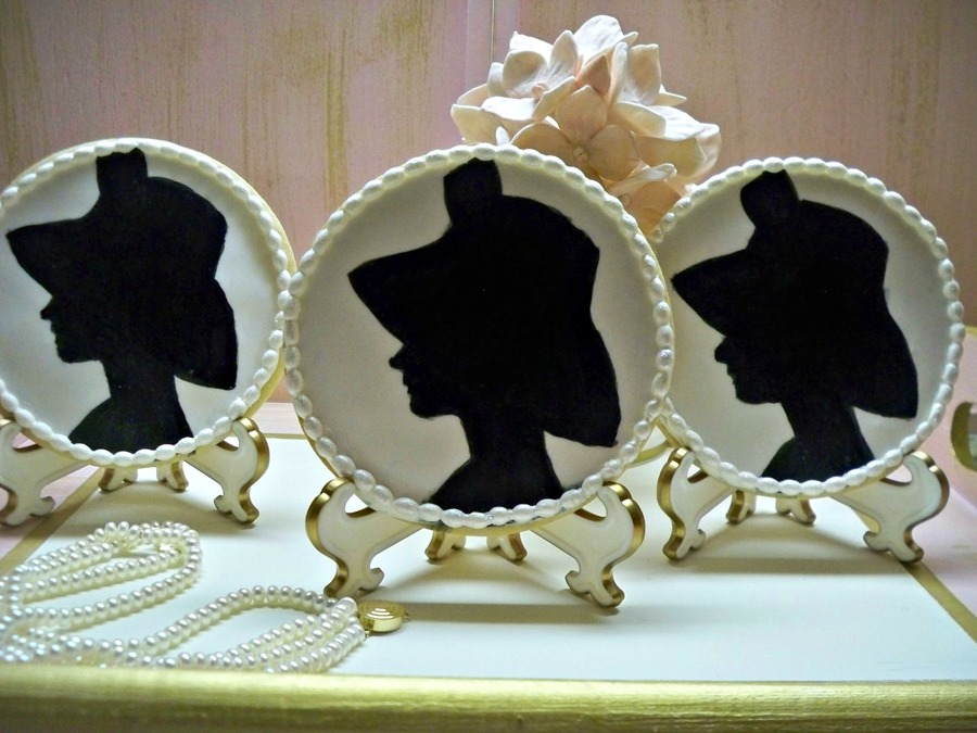 Hand Painted Audrey Hepburn Silhouette Sugar Cookies on Cake Central