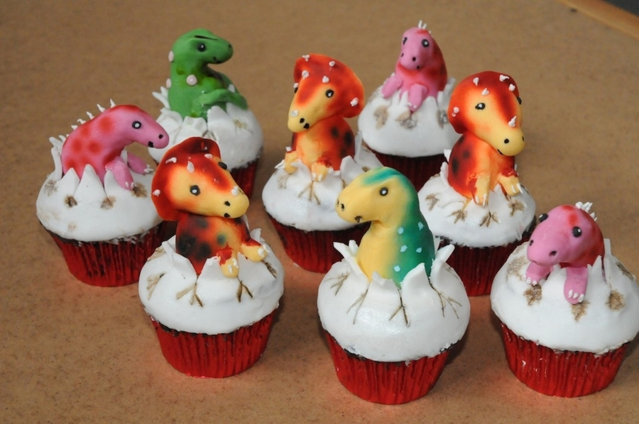 Dinosaurs on Cake Central