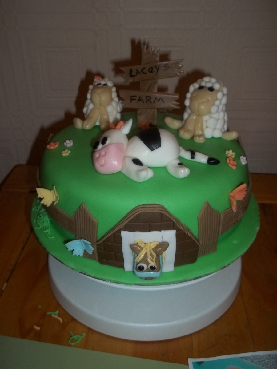 Laceys Farm on Cake Central