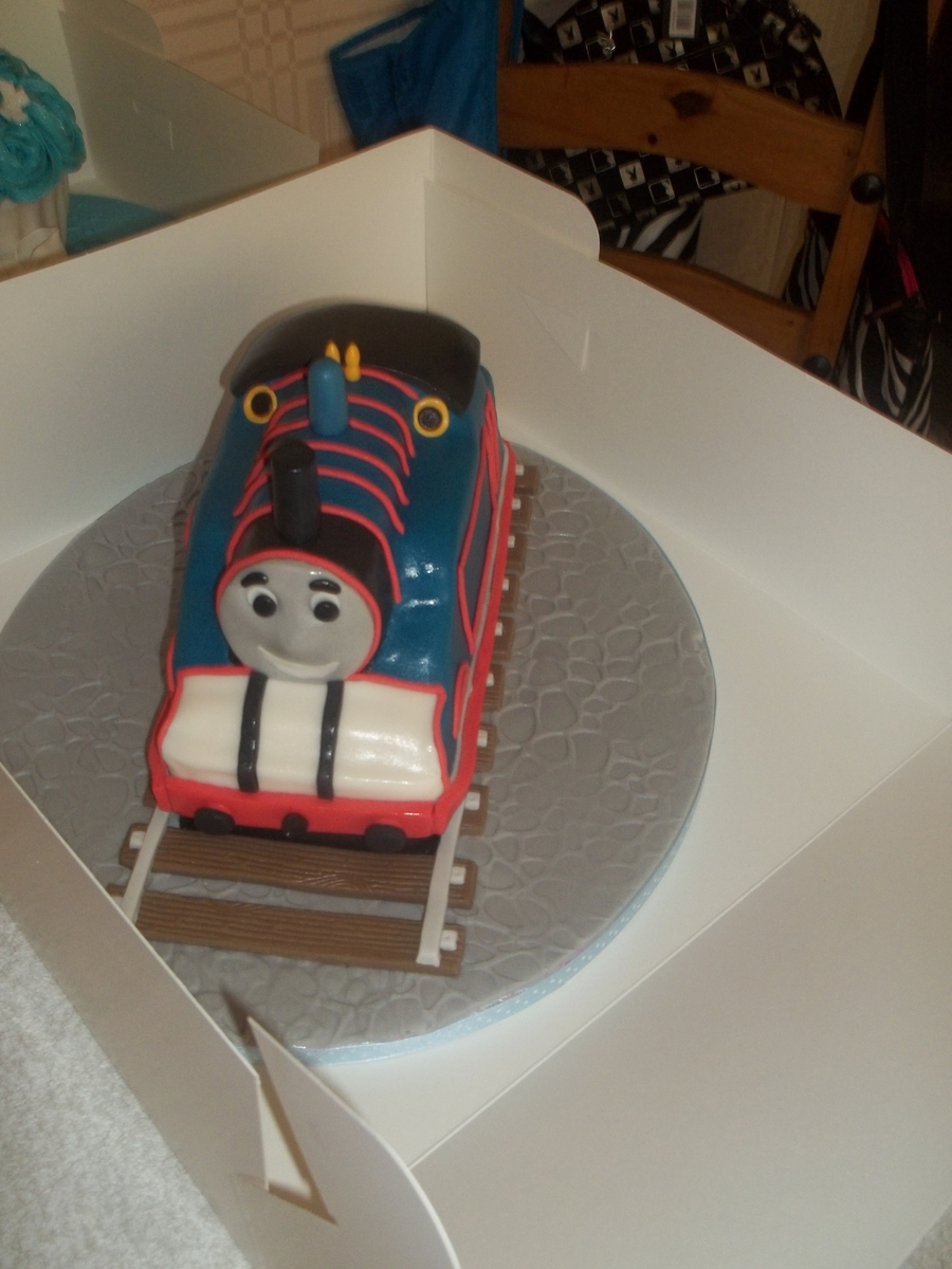 Thomas The Tank on Cake Central