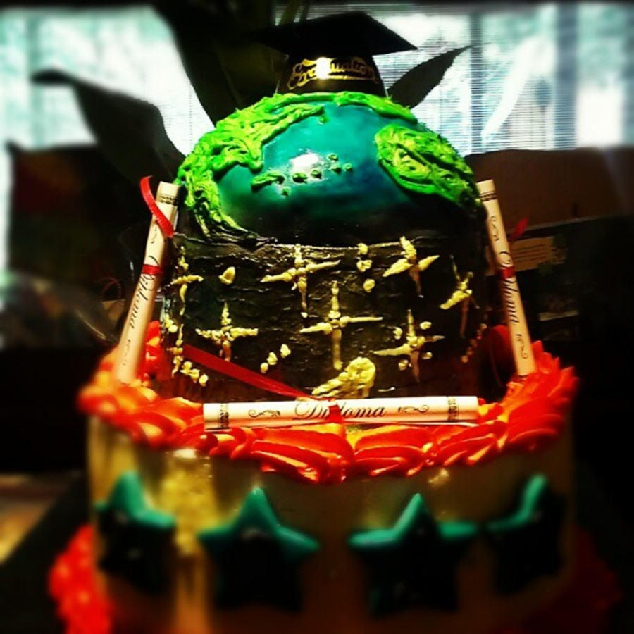 On Top Of The World Graduation Cake on Cake Central