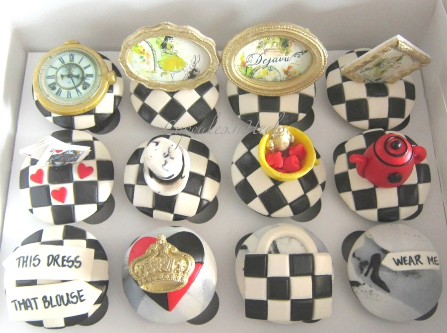 Fashion Cupcakes Inspired By Mackenzie-Childs And Alice In Wonderland on Cake Central
