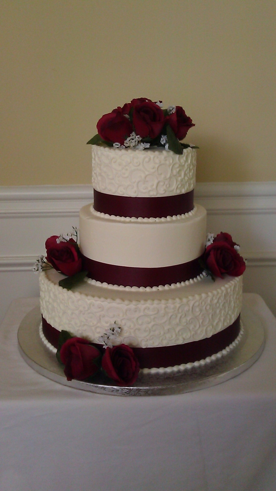 Chocolate Cake With Chocolate Roses