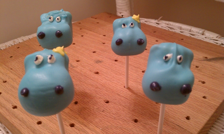 Hippos!  on Cake Central