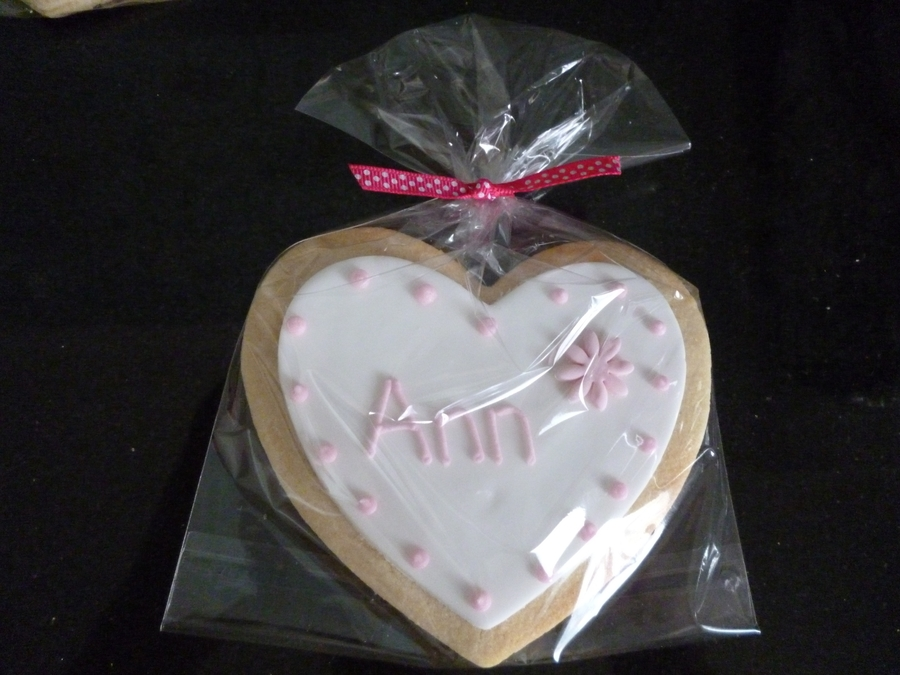 Wedding Favour, Place Name Cookies on Cake Central