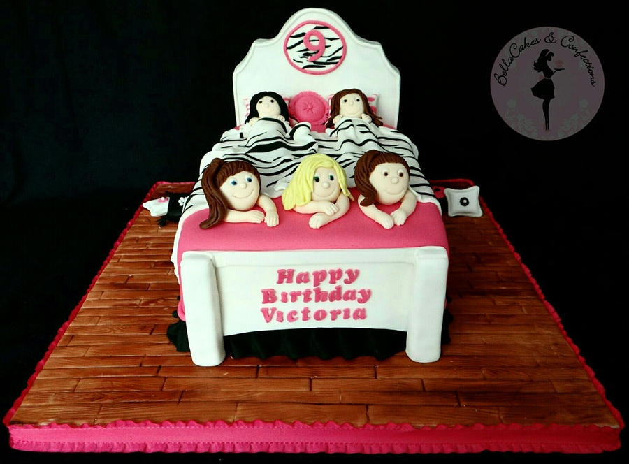 Slumber Party Cake on Cake Central