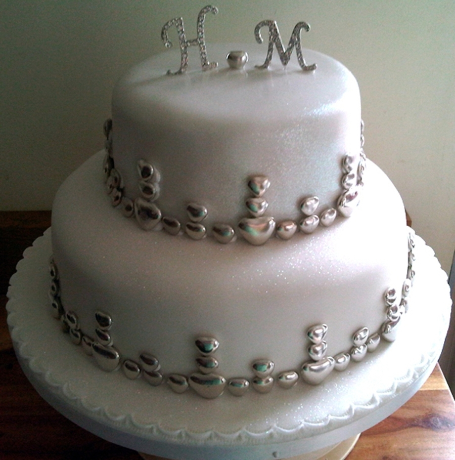 Silver And Hearts on Cake Central