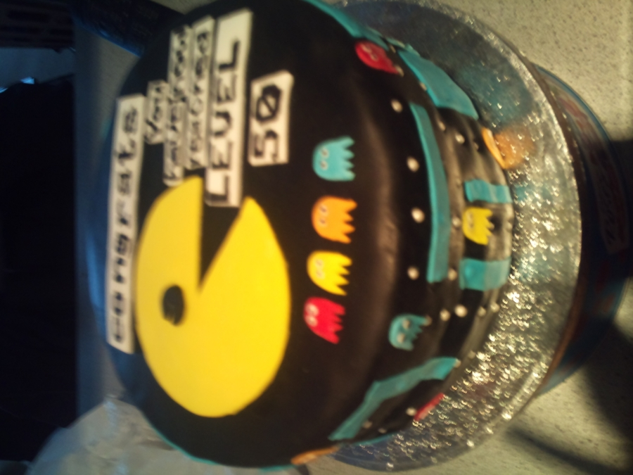 Pac Man Cake on Cake Central