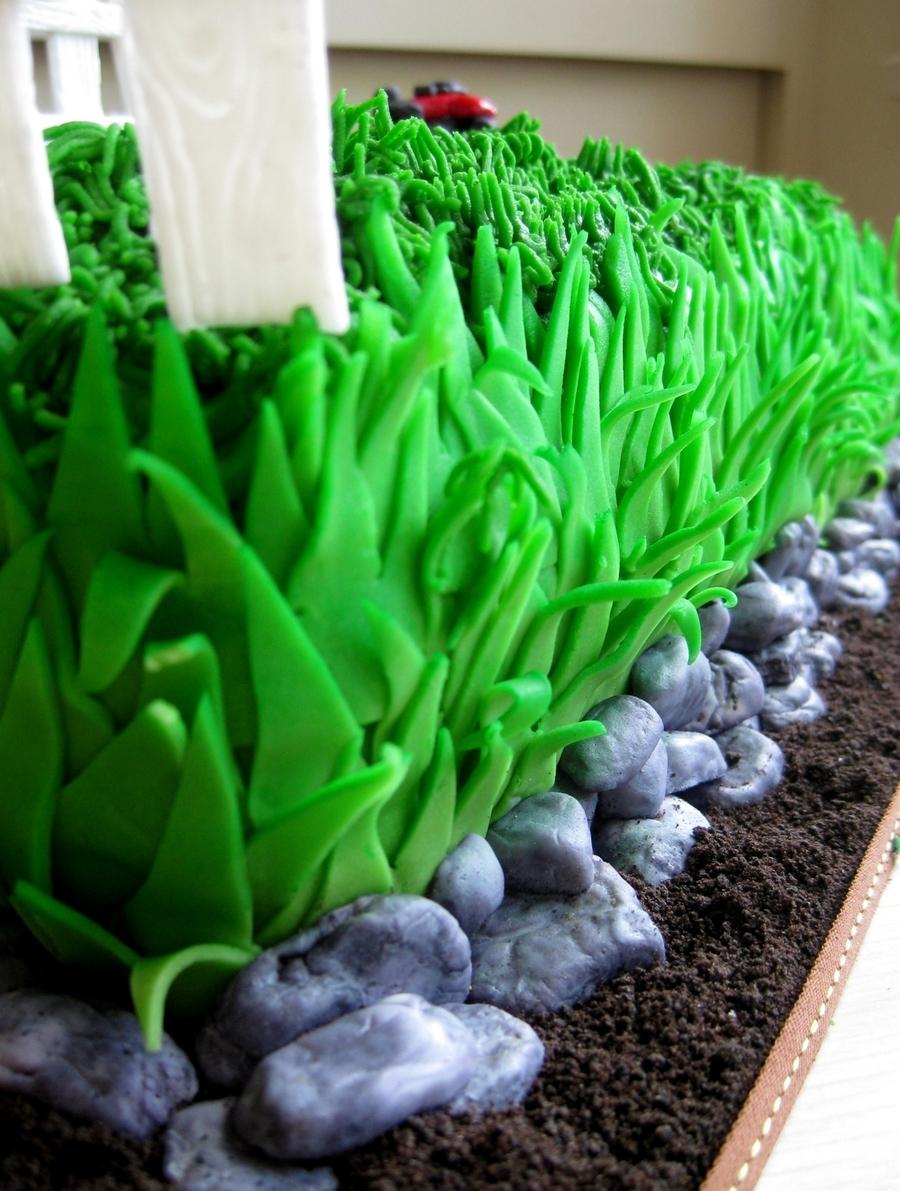 Cake Decorating Grass