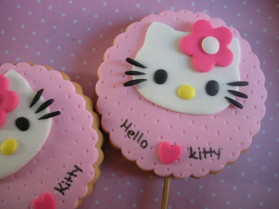 Hello Kitty Cookie on Cake Central